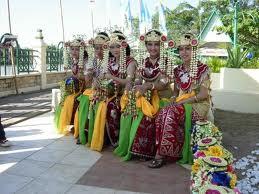Tari-Zapin-Tembung-Kalimantan-Barat2